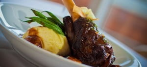 braised lamb shank with creamy mashed potato